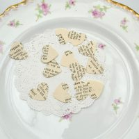 Recipe book table confetti