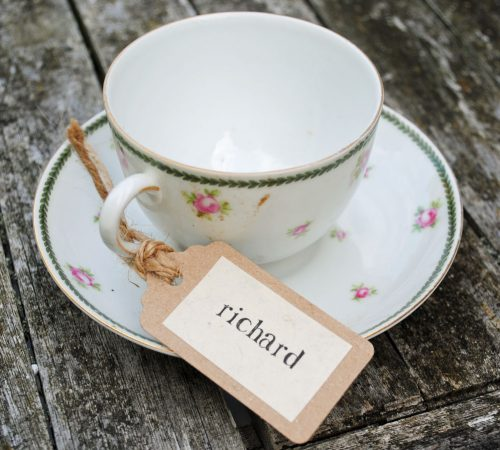 Recycled place setting tag