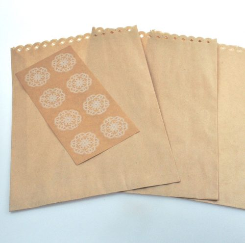 Kraft wedding favour bags and gift bags